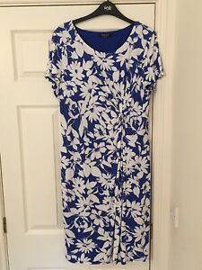 Precis Petite Dress 16