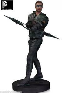 Arrow TV Oliver Queen Version 2 Statue Gentle Giant DC Collectibles NIB  WOB
