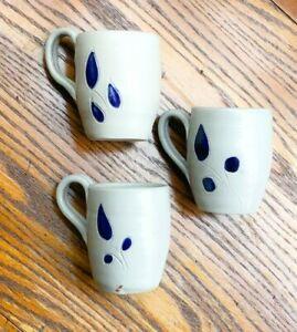 "Williamsburg Wheel Thrown Pottery Mug Salt Glazed Cobalt Blue Flower Leaves 3"""