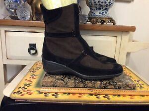 Aquatalia by Marvin K. Women's  Brown Suede zip Ankle Boots wedge heel Sz  7.5
