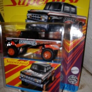 Superfast #11 Dodge 1968 D200 4x4. Rubber Tires..