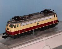 Hobbytrain H241025, Spur N, DB BR 112 312-4, rot-beige, Epoche 4