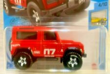 2020 Hot Wheels - FACTORY FRESH #4 - LAND ROVER DEFENDER 90 - RED - NICE WHEELS