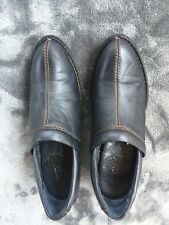 Women's Born W31992 Size 7M/W Booties Clogs Shoes Black Leather Side Stretch Q12