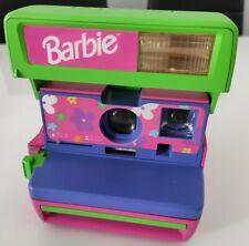 Cámara Polaroid 600 Barbie con correa púrpura. Sin Probar