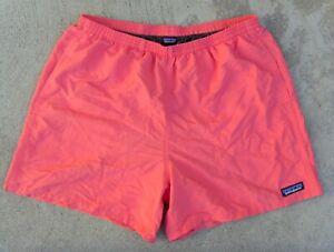 PATAGONIA BAGGIES SHORTS MEN'S LARGE  swim shorts salmon pink SPICED CORAL