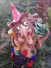 Keramik Hexe mit Frosch  Deko Garten Terrasse Beet Figur Handarbeit Skulptur