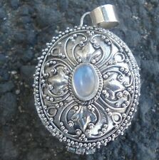 925 Solid Silver Prayer Box Locket Pendant Rainbow Moonstone-98H