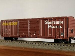 HO Athearn 50' Southern Pacific railbox double door #243125, built 1977, body mo