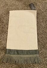 NWT Croscill home park avenue finger tip towel Spruce