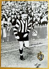 RARE HARRY COLLIER COLLINGWOOD  SIGNED B&W PHOTO & FREE REPLICA BROWNLOW MEDAL