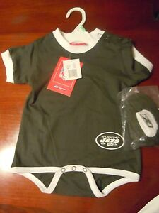 Reebok New York Jets Baby Infant One Piece  With Matching Booties 18 Months NFL