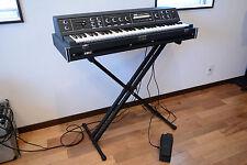 KORG PE-1000 Polyphonic Ensemble w/ FK-4 foot pedal K-4