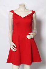 Vestiti da donna aderenti e svasato rossi