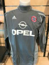 1 Fußball-Trikots von deutschen Vereinen