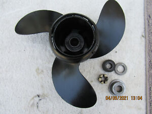 Evinrude Johnson antique outboard motor 9.9hp 15hp propeller  1974-1986  0174950