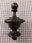 A CLASSIC ANTIQUE FRENCH TURNED OAK FINIAL - C1900