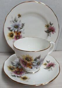 English A.T. Finney Duchess China Daisy Floral Pattern Bone China Trio c1960-62