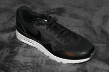 Men's Air Max 1 Right Foot Sneaker Size 9 *Single Shoe*