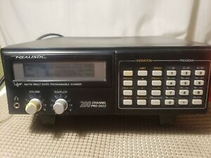Realistic Pro 2022 Radio Scanner UHF VHF AM-FM 200 Channel Tested Backlight out