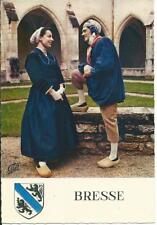 "CP BRESSE 01,""En Bresse vers 1830"", Jeune fille en costume, jeune valet de ferme"