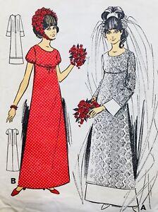"VINTAGE 1960's ELEGANT CURVED SEAM EMPIRE LINE WEDDING DRESS BUST 36"" (LR5080)"