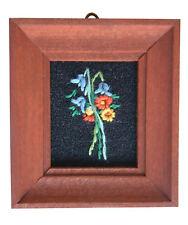 Casa De Muñecas Hecho a mano en miniatura de los años ochenta Bordado imagen oscuras marco Bluebell