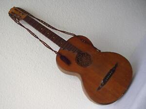 Antike originale wunderschöne Holz-Gitarre um 1900 oder noch früher