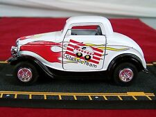 "1932 FORD COUPE CLASSIC TEAM DIE CAST CAR 4.75"" WHITE FLAME"