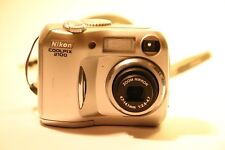 Nikon COOLPIX 2100 2.0MP Fotocamera Digitale-Argento