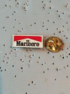 Pin's Pins Marlboro cigarette marque tabac tobacco logo