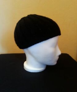 Schwarze Mütze mit Rippen (Ben, DJ-Ötzi, Beanie)