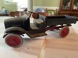 Vintage Pressed Steel Buddy L Hydraulic Dump Truck Unrestored Antique 1920's
