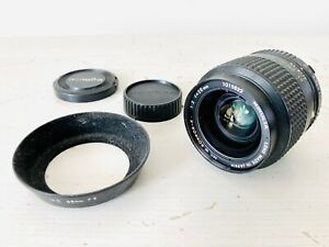 Minolta MC Rokkor-X 28mm f2 w/ Dedicated Lens Hood and Caps