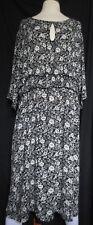 V by Very womens pretty b&w floral shirred waist plus size midi dress, size 28