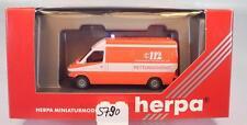 Herpa 1/87 042604 Mercedes Benz Sprinter RTW Feuerwehr Frankfurt OVP #5790