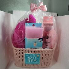 New Pink Spa Sister Basket with Spa Gloves Polishing towel Face Brush & Sponges