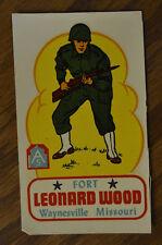 VINTAGE TRAVEL DECAL FORT LEONARD WOOD WAYNESVILLE MISSOURI US ARMY BASE SOLDIER