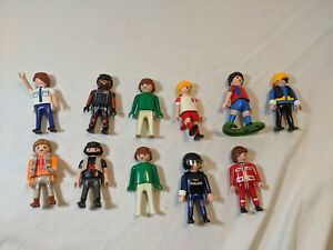 PlayMobil Geobra Characters Lot of 11 Including: 1974 Green+Click Raider+Police
