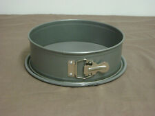 """Kaiser Spring Form Round Pan 9"""" Nonstick Germany"""