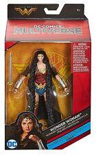 Wonder Woman DC Comics Multi-Univers 6 in (environ 15.24 cm) Figure-Wonder Woman in Cape