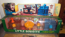 New in box, LITTLE BOBBITS old fashioned country kitchen 6 piece plastic playset