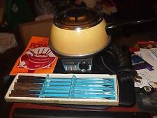 Oster Harvest Gold Electric Fondue Set w/Forks & Cookbook
