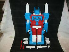 1984 Takara G1 Transformers Autobot Ultra Magnus With Accessories