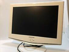 "Samsung - High-Design 19"" Widescreen LCD HDTV Monitor - White LN-S1952W"