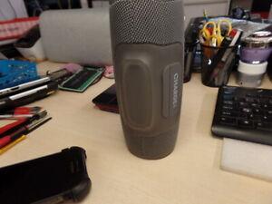 Open Box JBL Charge 4 Portable Wireless Speaker Gray