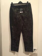 BNWT Khaki Green Patterned Trousers Topshop Size 10 RRP £45