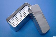 Sterilisierbehälter mit Deckel und Locheinsatz aus Edelstahl Sterilcontainer