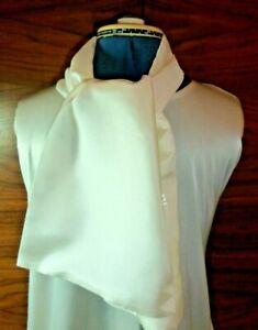 100% silk men's cravat/scarf/ascot  No fringe double thickness (2)  NEW