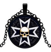 Collier Pendentif Symbole Croix templier, tête de Mort.